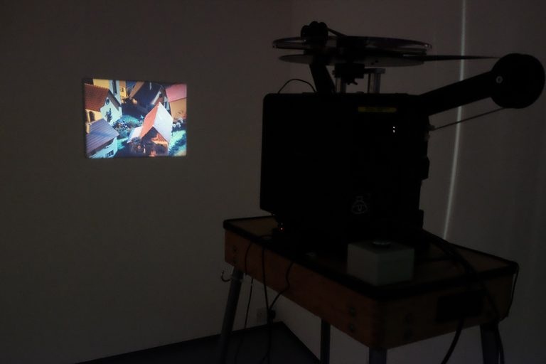 Viewfinder installation